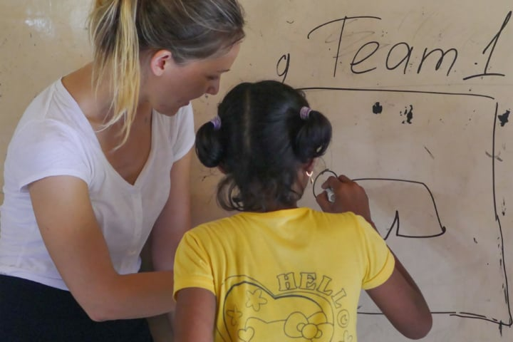 Volunteering in Bali while teaching English to the children of Bali.