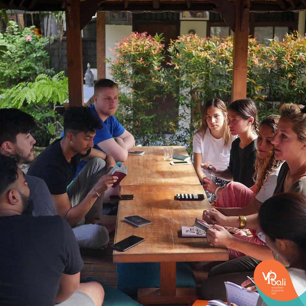 We make sure at Volunteer Programs Bali that you get settled in straight away in our family.