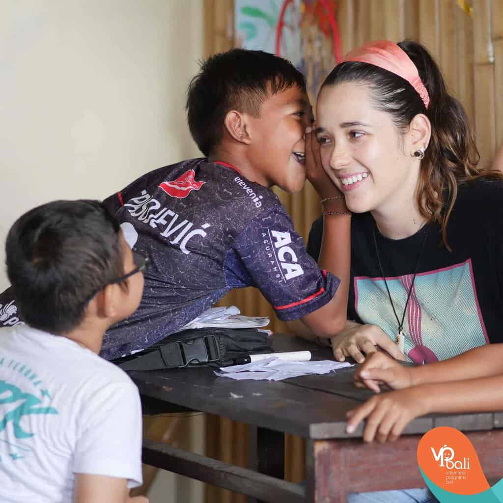 Want to go abroad and teach English? Join our team in the beautiful island of Bali.